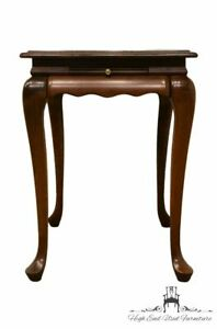"""High End Solid Cherry Traditional Style 28x18"""" Accent Tea / End Table"""