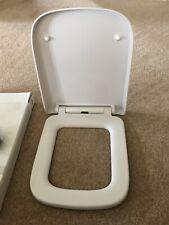 square shape soft close toilet seat