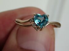 10 KT YELLOW GOLD BLUE TOPAZ AND DIAMOND RING