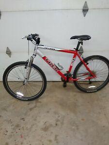 "Trek 4500 (19.5"") 49.5cm (24 Speed) Mountain Bike"