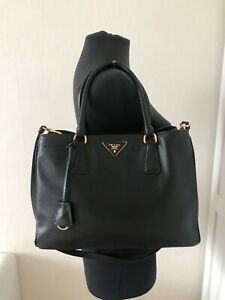 Authentic Prada Saffiano leather tote Medium black leather shoulder bag