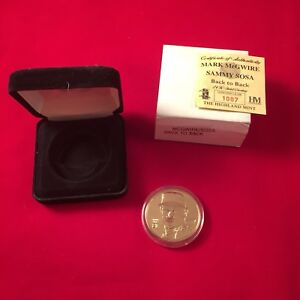 THE HIGHLAND MINT 24 KT. GOLD COIN MARK MCGWIRE & SAMMY SOSA 1007/1998 BACK 2 BK