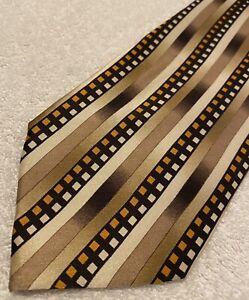 Brand New Super Stylish Tie By HERMOSA of New York