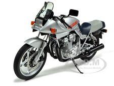 SUZUKI GSX 1100 S SILVER 1/12 DIECAST MOTORCYCLE MODEL BY AUTOART 12151
