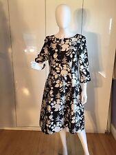 $2,500 Oscar de la Renta black and white dress,size 12 NEW