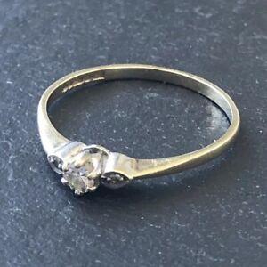 Vintage Diamond Three-Stone Gold Ring