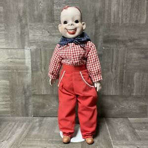 1969 VINTAGE EEGEE HOWDY DOODY TALL DOLL W/ STAND