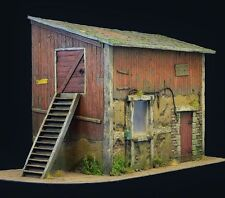 Reality In Scale 35256 The old barn 1:35 scale diorama building