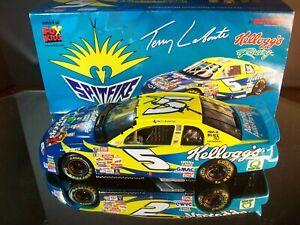 Terry Labonte #5 Kellogg's NASCAR Racers Spitfire AUTOGRAPHED 1999 Chevrolet M.C