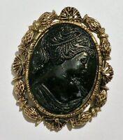broche ou pendentif bijou vintage couleur or relief camée femme noir * 3203