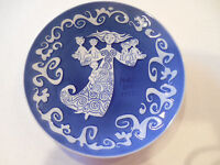 ROYAL COPENHAGEN Mother's Day Plate 1972 Porcelain Denmark Mors Dag Blue & White