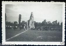 Grenoble. guerre 1939-1945 .  fête du régiment . le Caroussel. 1941