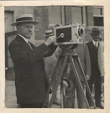 PRESIDENT CALVIN COOLIDGE W/35MM DEBRIE PARVO MOVIE CAMERA,1925.B&W SILVER PRINT