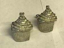 Big Cupcake Tg177 Cufflinks Made From English Modern Pewter