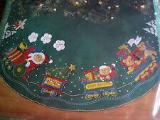 "Christmas BUCILLA Felt Applique TREE SKIRT Kit,SANTA BEAR TOY TRAIN,43"",#84403"