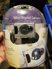 Innovage Mini Digital Camera with Case and cord *PACKAGING DAMAGED*