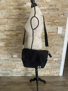 """Under armour Baby Amour Messenger Baby diaper Bag Black With folding pad 15""""x13"""""""