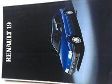 Catalogue brochure Katalog Prospekt RENAULT 19  8 PAGES Année 1989
