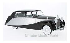 #18065 - MCG Rolls Royce Silver Wraith Empress by Hooper - silber 1956 - 1:18