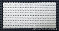 LEGO BASEPLATE WHITE 16x32 PINS - Actual dimensions 12.8cm x 25.6cm x 0.3 - NEW