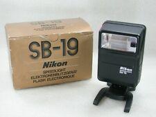 Nikon Speedlight SB-19 Flash Unit No. 9068414