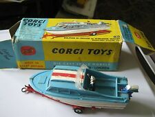 CORGI  104 DOLPHIN 20 CRUISER ON TRAILER ORIGINAL IN ORIGINAL AGE WORN BOX.
