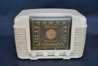 Vintage Crosley American Overseas Tube Radio
