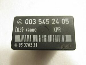 87-91 MERCEDES 190E 260E 300CE 300E 300SE 300TE OEM FUEL PUMP RELAY 0035452405