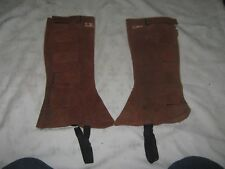 A Pair of Tan Leather Raw Hide Ladies Jodz Velcro Tab Fastened Calf Leg Chaps
