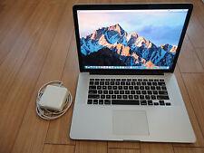 Apple MacBook Pro Retina 15 Quad Core 2 GHz i7 256 GB Flash Drive 8 GB RAM Fast