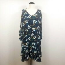 Cabi Pirouette Dress Size M Blue Floral Tiered Ruffle Knee Length V-Neck Shift