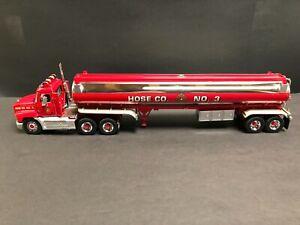 Franklin Mint Mack / Tanker Fire Company.. Hose Co. No. 3. 1 :43 Scale Die Cast.