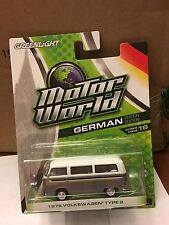 Greenlight MOTOR WORLD 1976 Volkswagen Type 2 Bus  Silver & white
