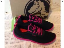 Crocs Duet Busy Day Women's Black/Candy Pink Low-Top Trainers Uk Size 3. RRP £50