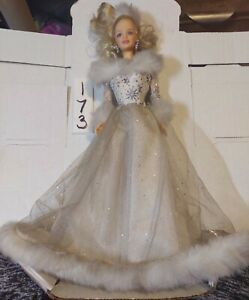 Barbie WINTER'S REFLECTION Collector's Edition 2002 #55682 with Purse