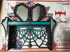 Monster High Doll ~ Dressing Table / Make-Up Table & Chair HTF EUC Furniture