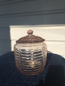 """Vtg. Depression Glass Pink Ribbed Bee Hive Cookie Jar Biscuit Bowl aprox 7"""" tall"""