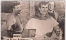 B36513 Acteurs Actors Roger Moore & Robert Brown in Ivanhoe 9x6 cm