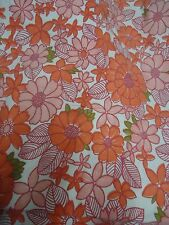 Vintage RED & GREEN LARGE FLORAL Fabric Remnant (50cm x 50cm)