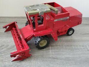 1/20 Vintage Massey Ferguson 860 Combine by ERTL Grey Wheels Red DieCast Replica