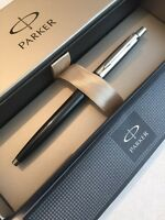 PARKER JOTTER BLACK CHROME TRIM BALLPOINT PEN-UK-GIFT BOX-NEW OLD STOCK.