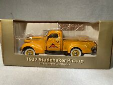 CROWN PREMIUMS 2007 Farm- Mart 1937 Studebaker Pickup Truck. Yellow & Blue.NEW