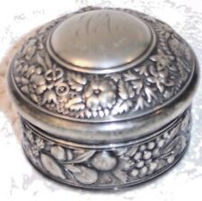 ANTIQUE MERIDEN B QUADRUPLE SILVERPLATE POWDER / DRESSER VANITY BOX  MARKED 1892