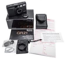 (27) RICOH GR21 Black AF film camera w/21/3.5 lens, functional, near Mint cond.