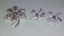 LOVELY VINTAGE SARAH COVENTRY CRYSTAL AND SMOKE RHINESTONE BROOCH SET~~~