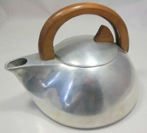 Picquot Ware K3 Kettle - Made in England