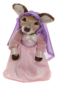 Maid Marian - limited edition - Isabelle Collection by Charlie Bears - SJ5979