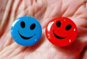 """Lot of 2 Button Covers Smiley Faces Red Blue 7/8"""" Round Light Weight"""