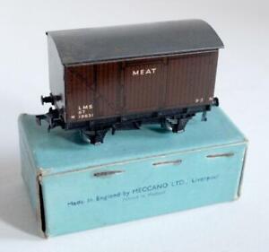 HORNBY DUBLO (D1) 32065 - LMS MEAT VAN 19631  (BOXED)
