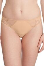 lise charmel string taille 2 modele exclusivement class